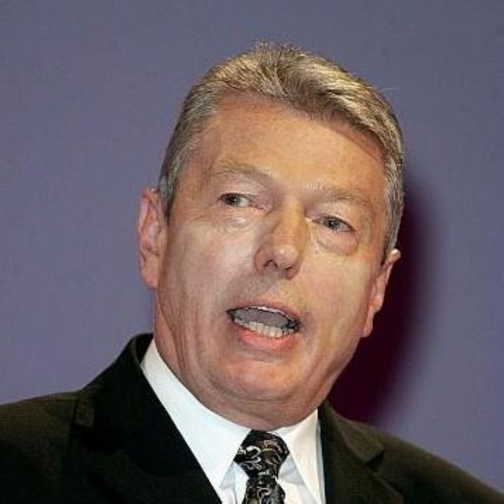 Alan Johnson announces review of school performance targets