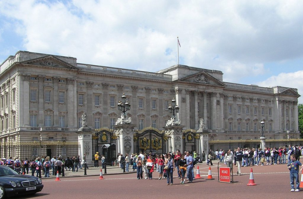 A big day at the Palace: It's general election time