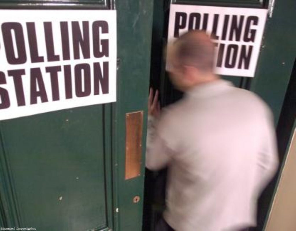 Labour should call for the referendum to coincide with the general election vote