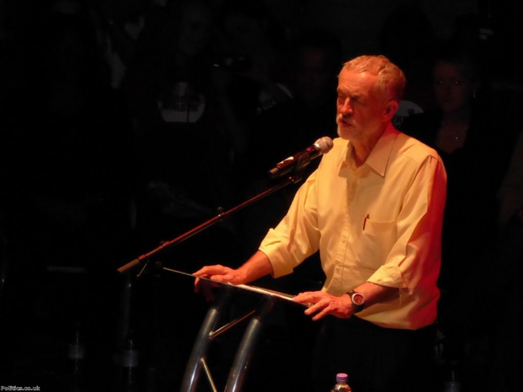 """""""It takes guts to stand firm on immigration. Corbyn deserves considerable praise."""""""