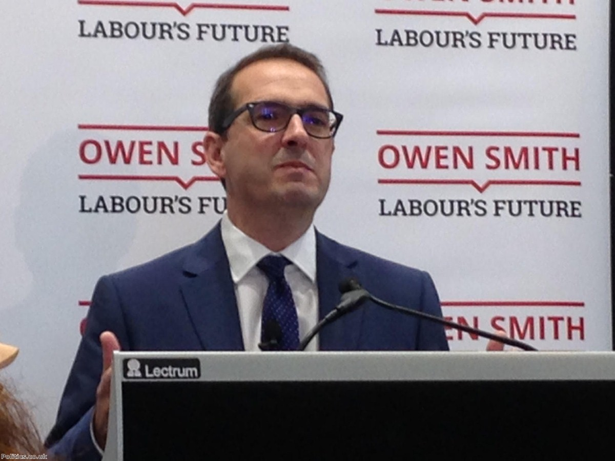 Owen Smith compared Corbyn-supporting organisation to an alien parasite