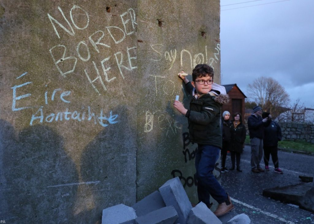 Irish border: Disaster beckons despite last-gasp plan to avoid checks