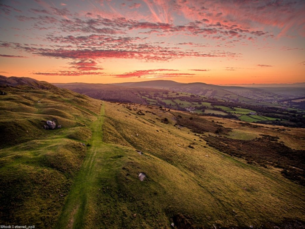 Brecon Beacons: Warning light shine for politicians ahead of by-election.