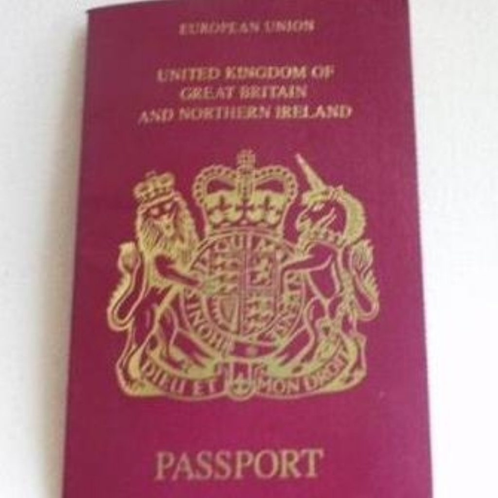 Government sponsoring travel scheme for school leavers