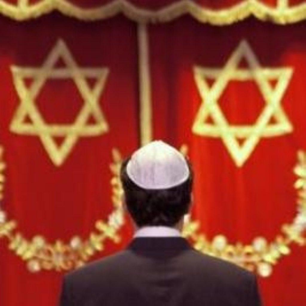MPs' report says anti-Semitism is increasing in the UK