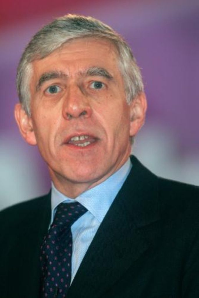 Jack Straw has called for a cap on party spending