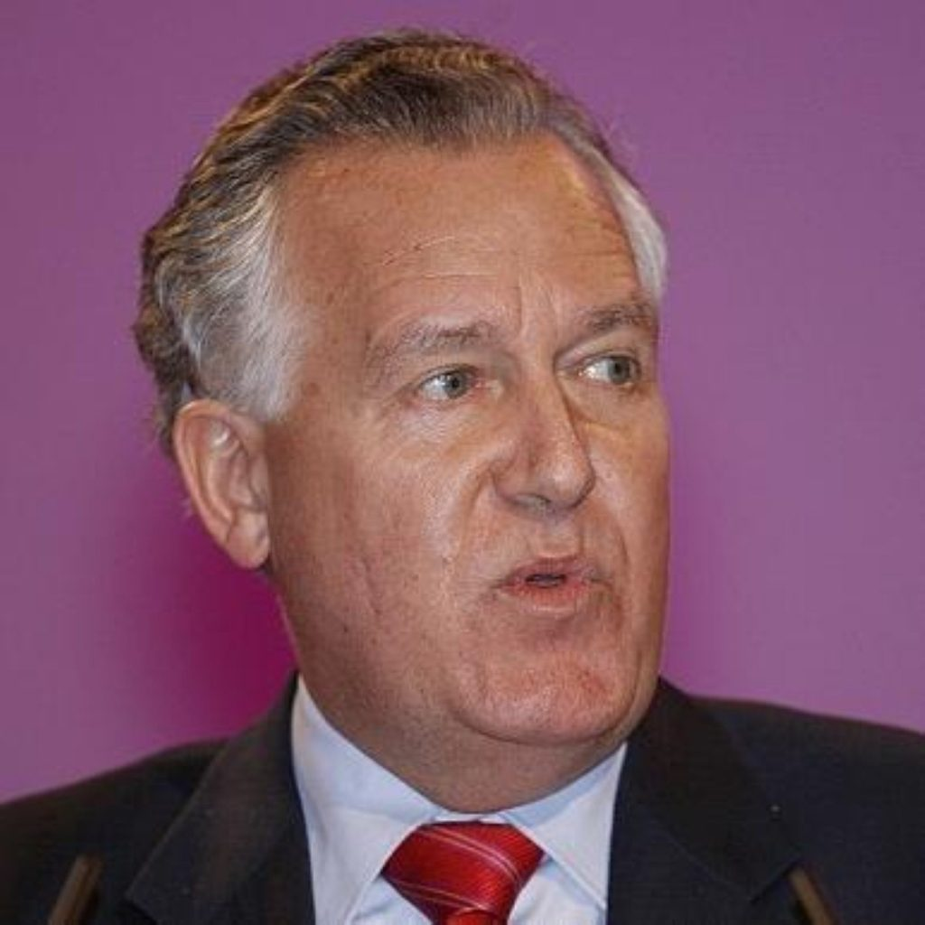 Hain introduces pension bill