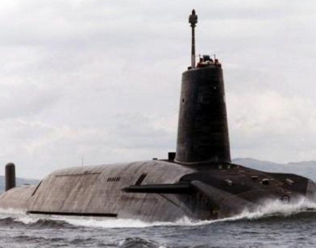 Britain will keep its nuclear deterrent, Liam Fox tells US