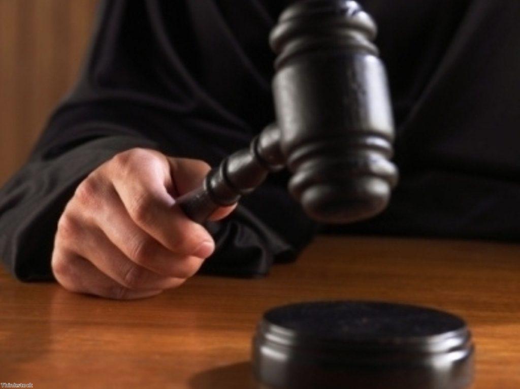 Court halts Hamza extradition