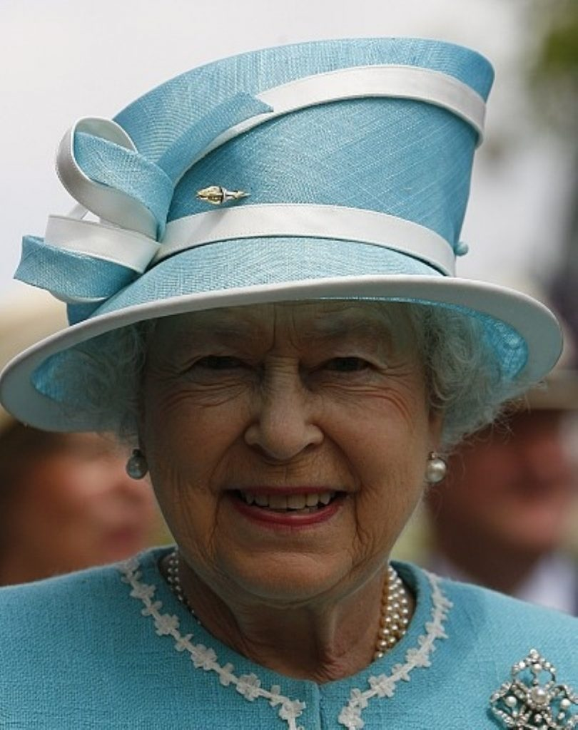 """The Queen """"purred down the line"""""""