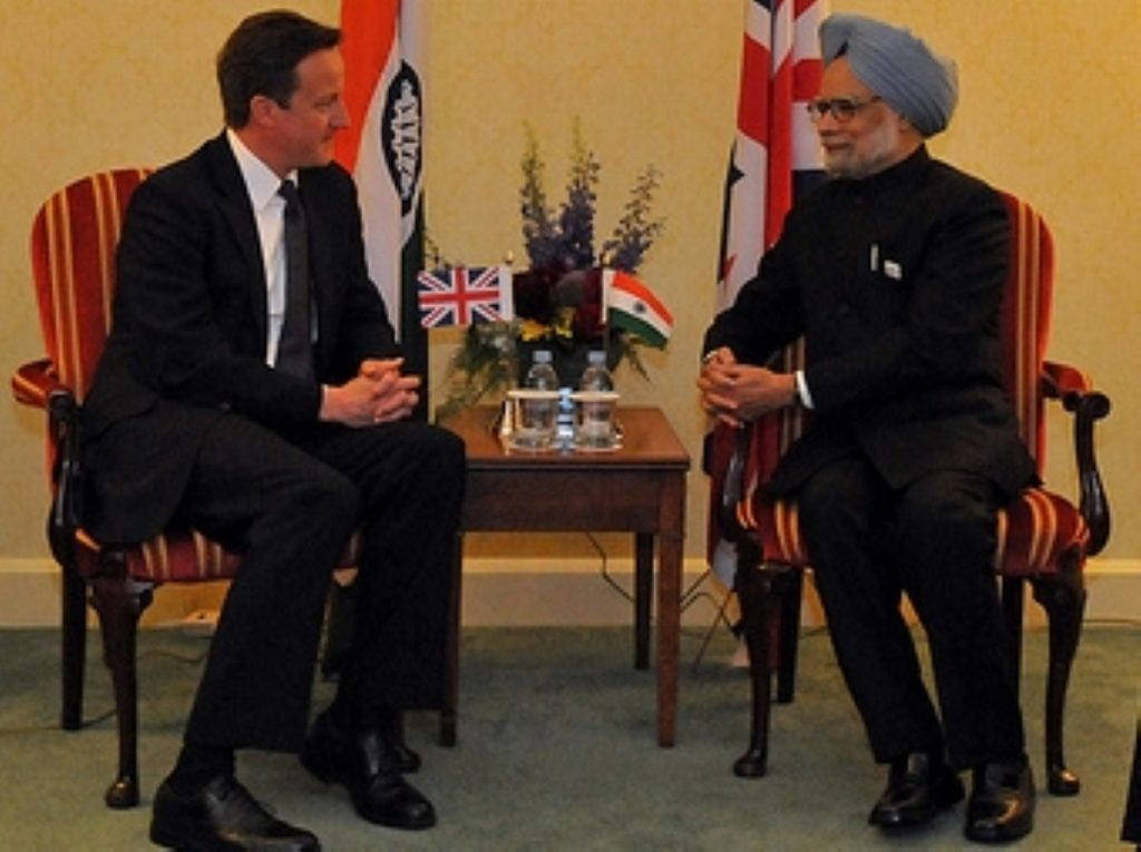 David Cameron meets with Manmohan Singh